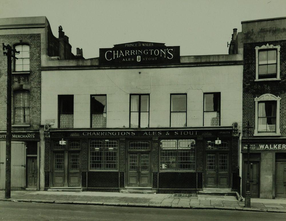 Prince of Wales, 62 Wellesley Road, between 1910-1980. Photo: Charrington Brewery