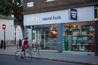 The exterior of Earth Natural Foods